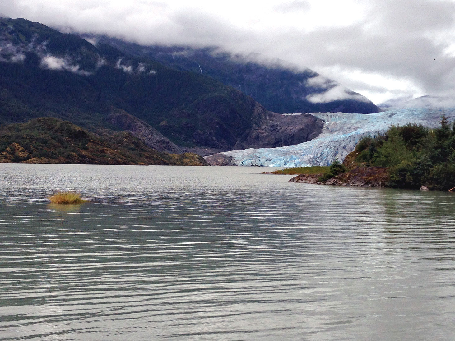 Experience glaciers and crystal clear waters in Alaska