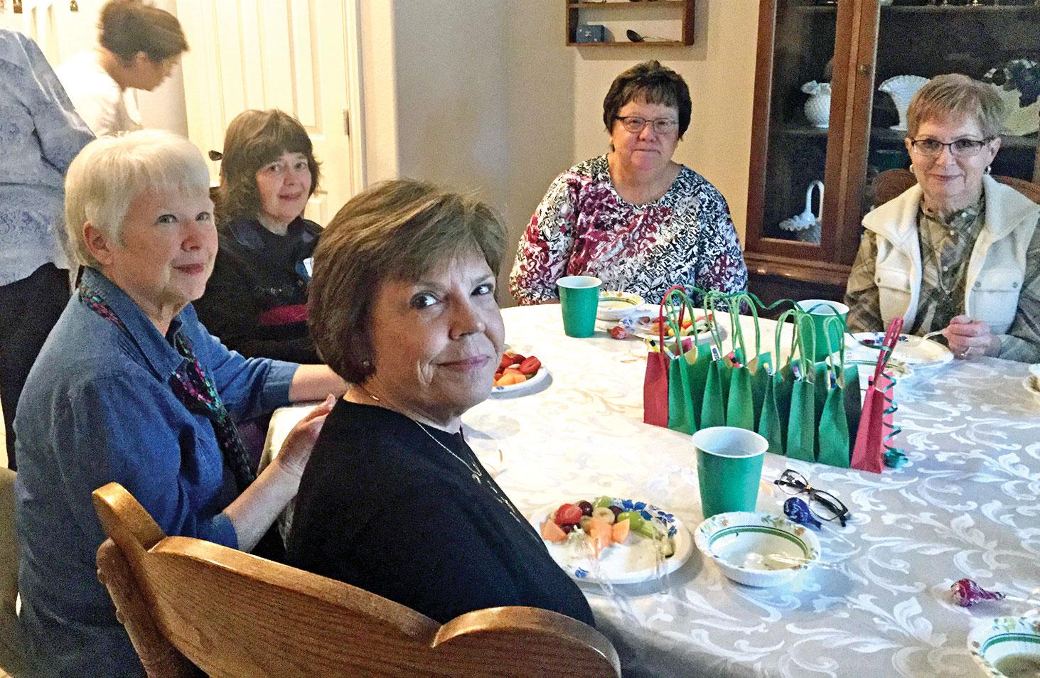 Souper Gals: Karen Soloman, Nancy Nevius, Peggy Zilinsky, Betty Silich, Jaque Guest and Carol Hansen