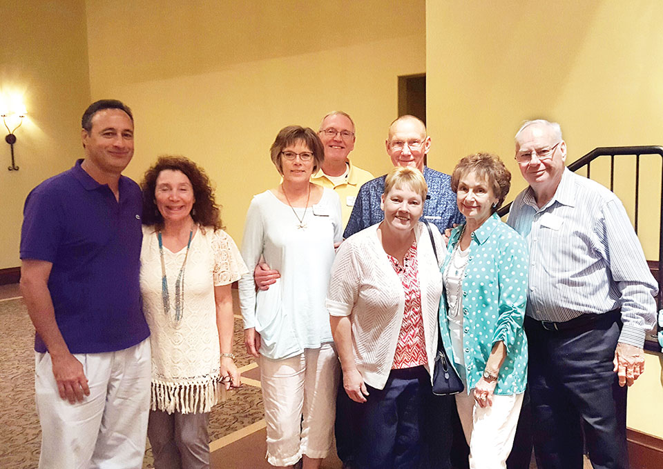 First place team, Wishful Thinkers: Judy and Miguel Ondina, Sandy and Alan Boyd, Nancy and Ken Rogus, Don Duff, Peggy Crandell Duff