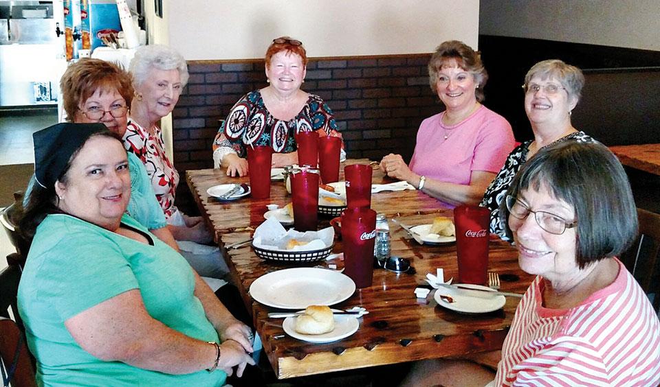 The Yarn Divas at Venetia's