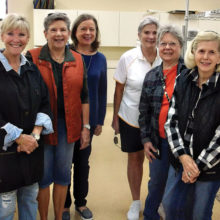 Field trip, left to right: Nancie Garre, Jackie Graham, Tracy Olson, Barb Bennet, Carolyn Detjen, Pat Bender