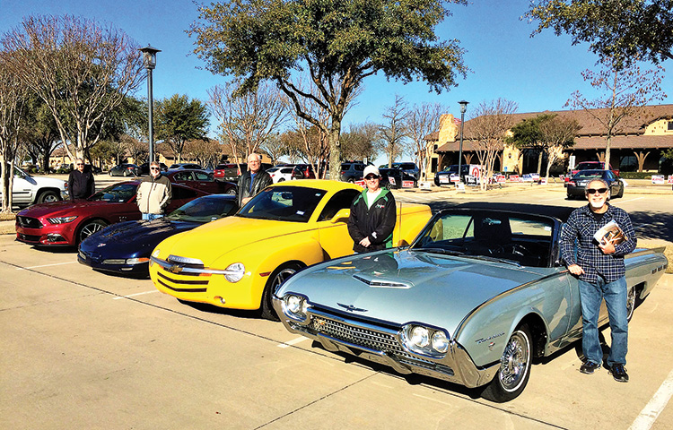 Rollin' Ranchers' classic and new cars
